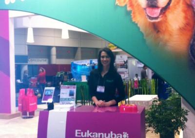 Julia Reilly eukanuba booth
